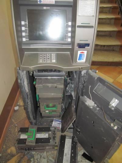 Из банкомата в ректорате твгу украли 1